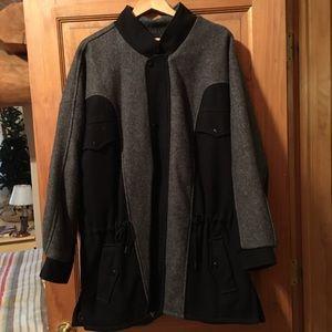 Vintage Wool Coat- like new!